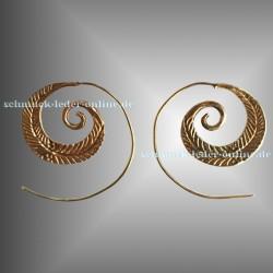 Pendientes Pluma Espiral Latón Dorados artesanía hechos a mano bisutería