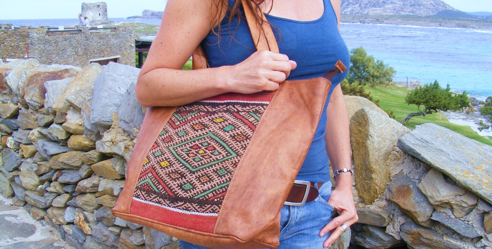 100% Handmade natural leather bags